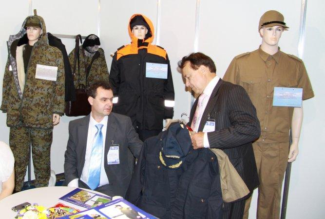 Презентация новых разработок одежды для силовиков на одной из военных выставок