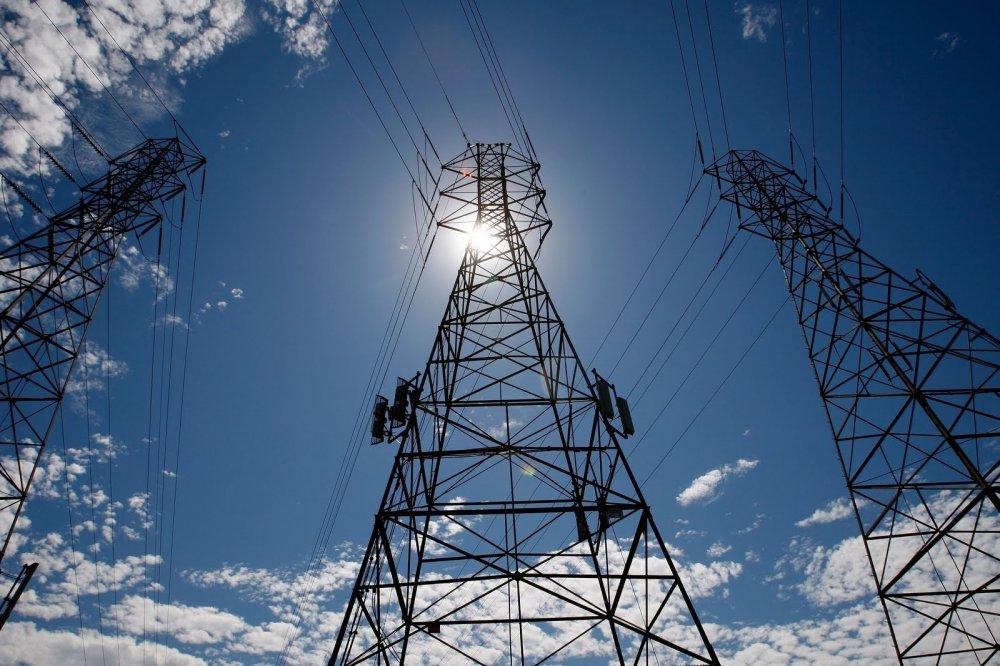На далеком Востоке энергетики грозят обесточить 82 объекта Минобороны